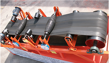 The experimental demonstrating device of multi-power belt conveyor